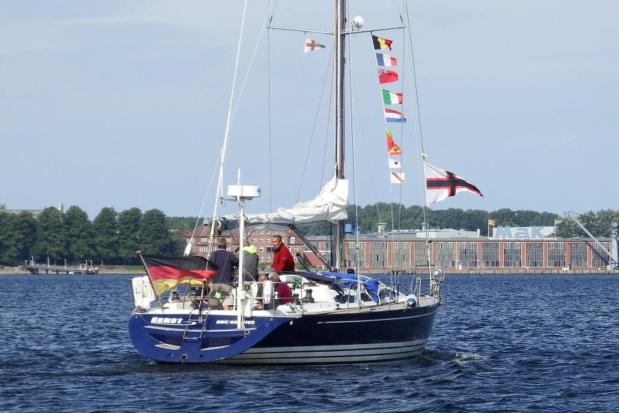 Die ARNDT wieder zurück. Belgien, Frankreich, Großbritanien, Italien, Niederlande, Portugal und Korsika liegen im Kielwasser.
